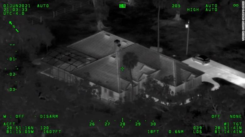 Во Флориде подростки устроили перестрелку с полицией после неудачной попытки ограбить дом