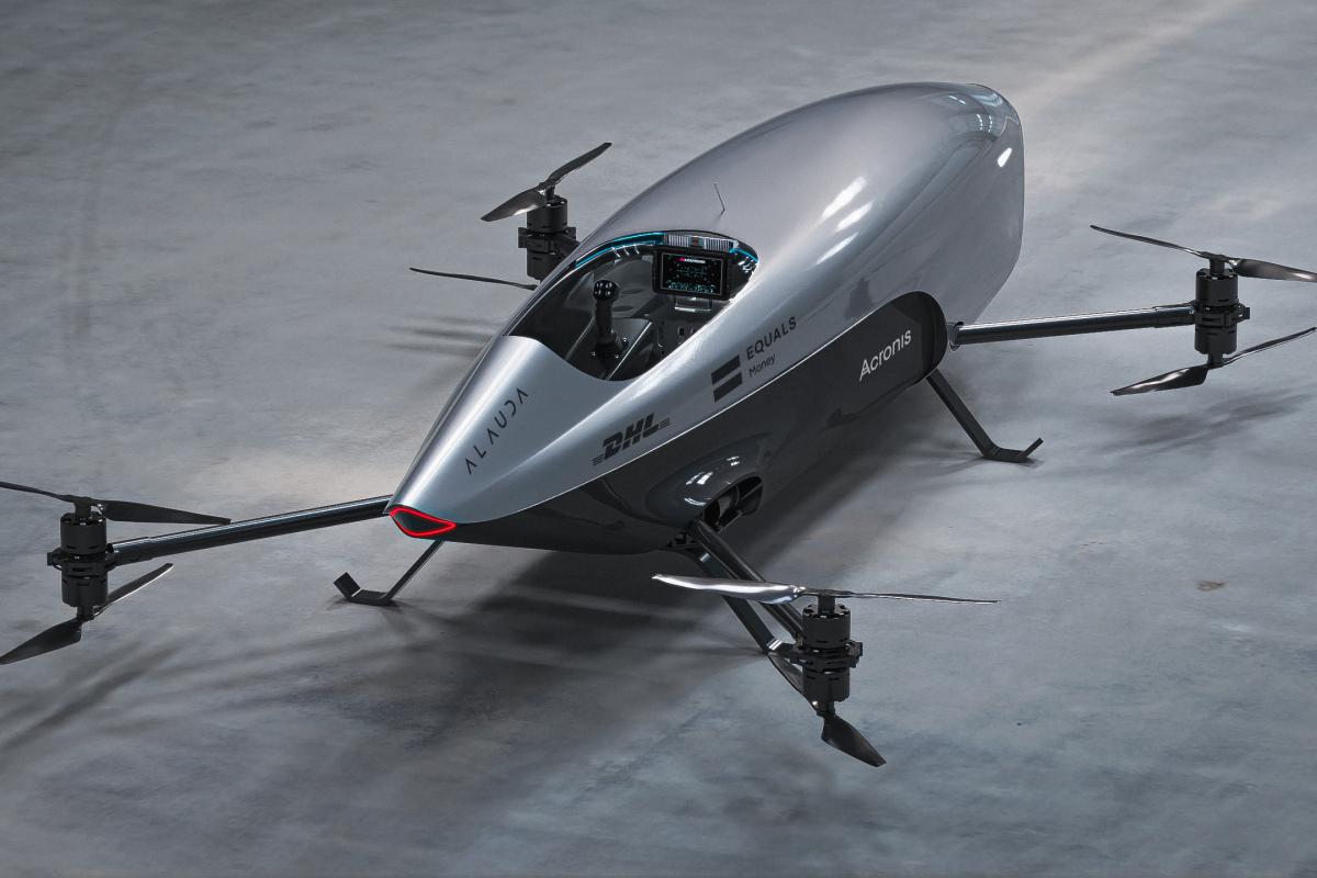 В Австралии испытали летающий электромобиль перед гонками в стиле «Формулы-1»