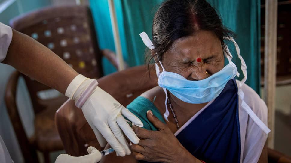 В Индии более 2000 человек получили поддельный препарат CoviShield