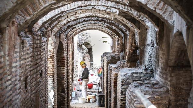 Римский Колизей впервые открывает подземные коридоры для туристов
