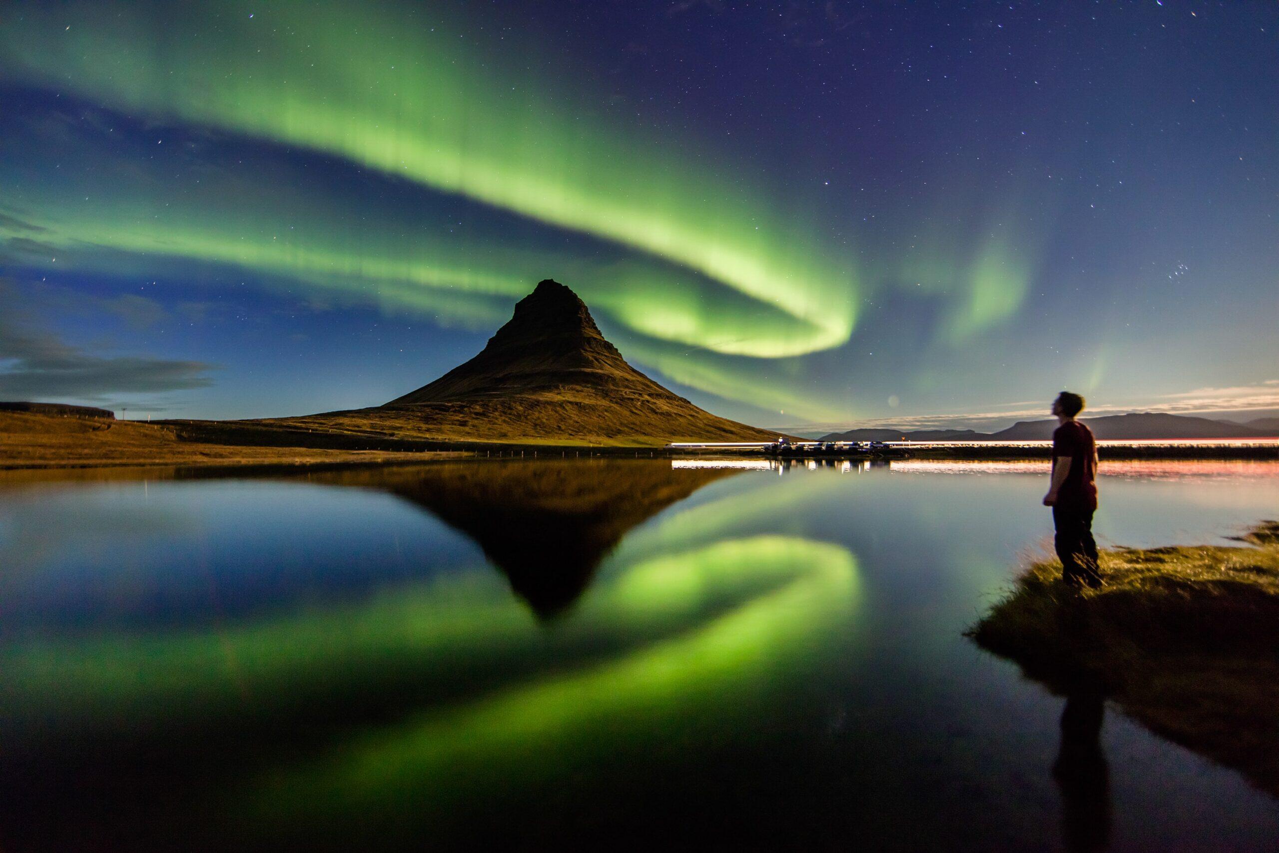 Исландия отменяет все карантинные ограничения. Первая в Европе