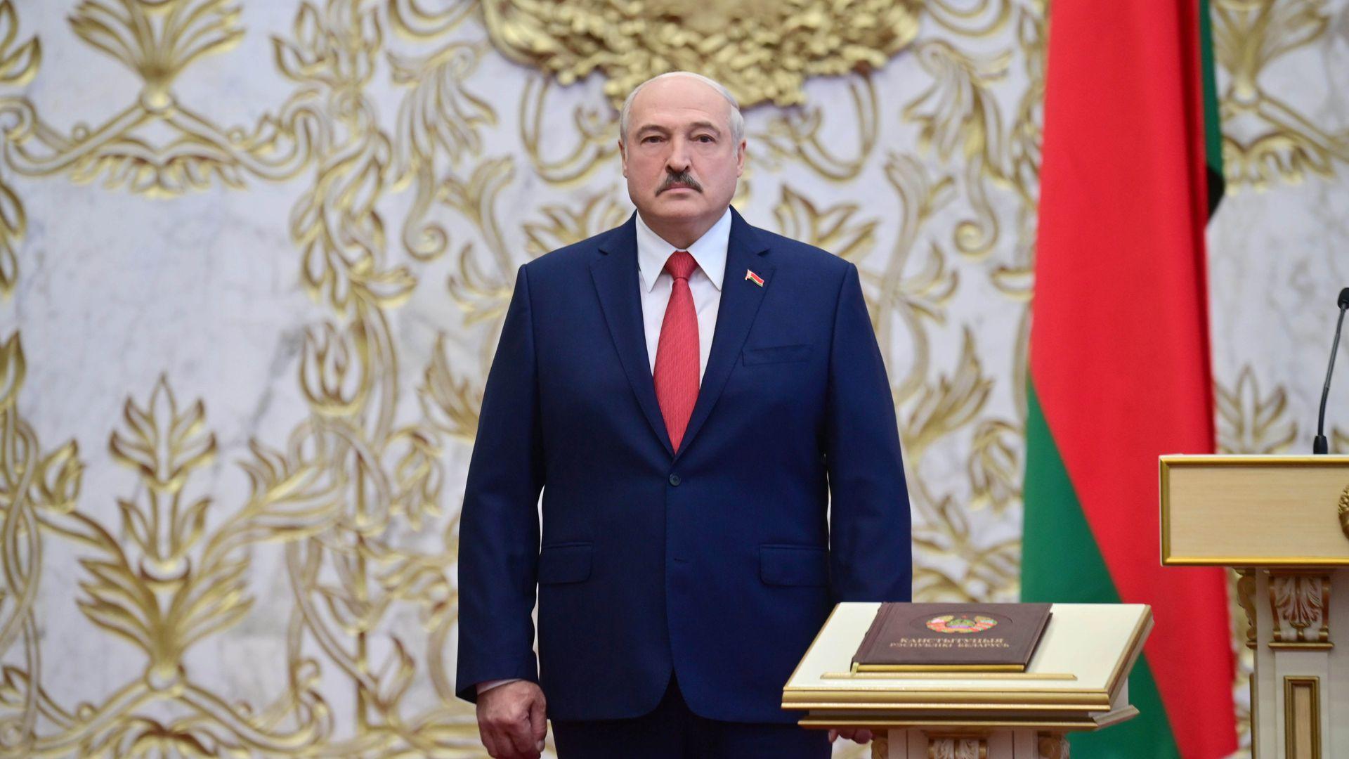 Беларусь полностью перекроет границу с Украиной — Лукашенко
