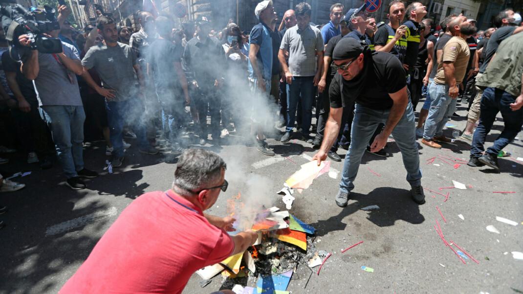 В Грузии отменен ЛГБТ-шествие. Объясняем, почему
