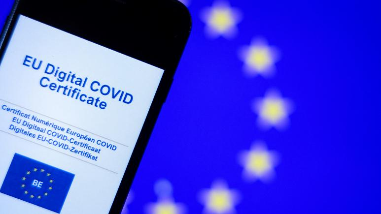 Цифровой COVID-сертификат с сегодняшнего дня вступает в силу на территории Евросоюза