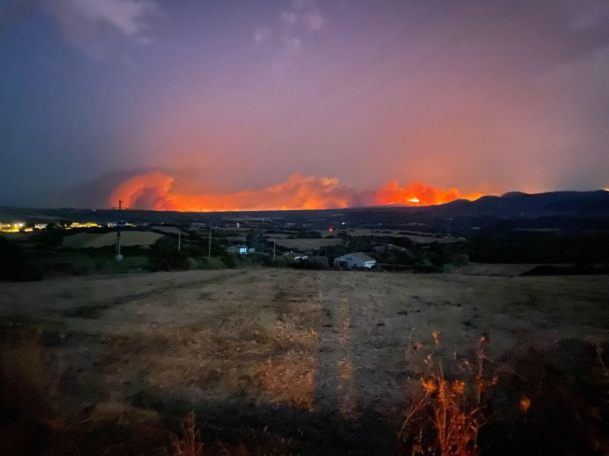 Италию, Францию и Испанию охватили масштабные лесные пожары. Эвакуированы тысячи людей
