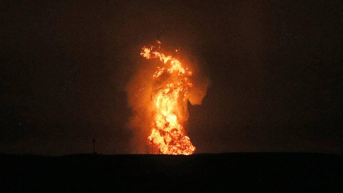 Видео дня. Взрыв в Каспийском море возле газового месторождения