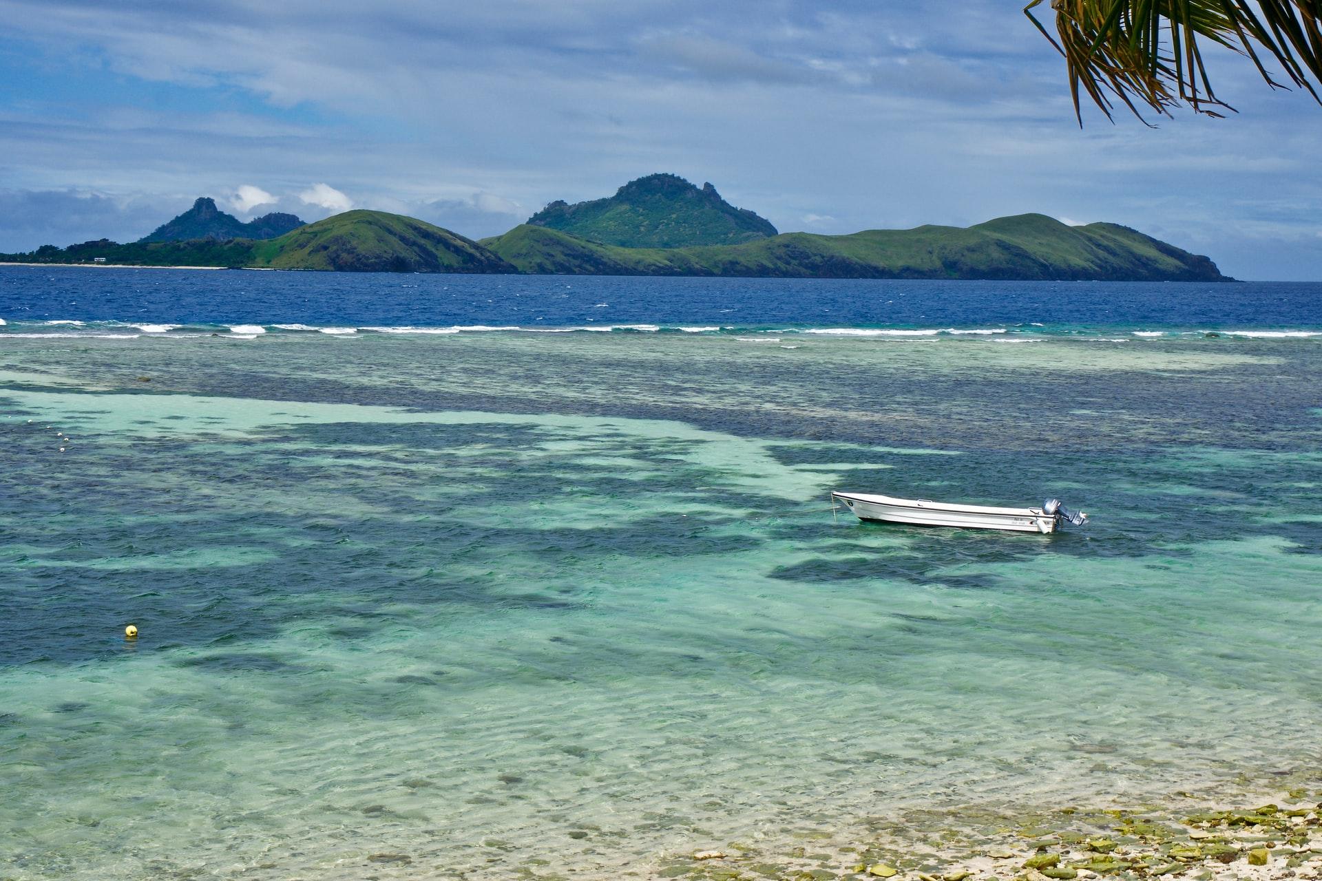 На Фиджи непривитым людям запретили выходить на работу