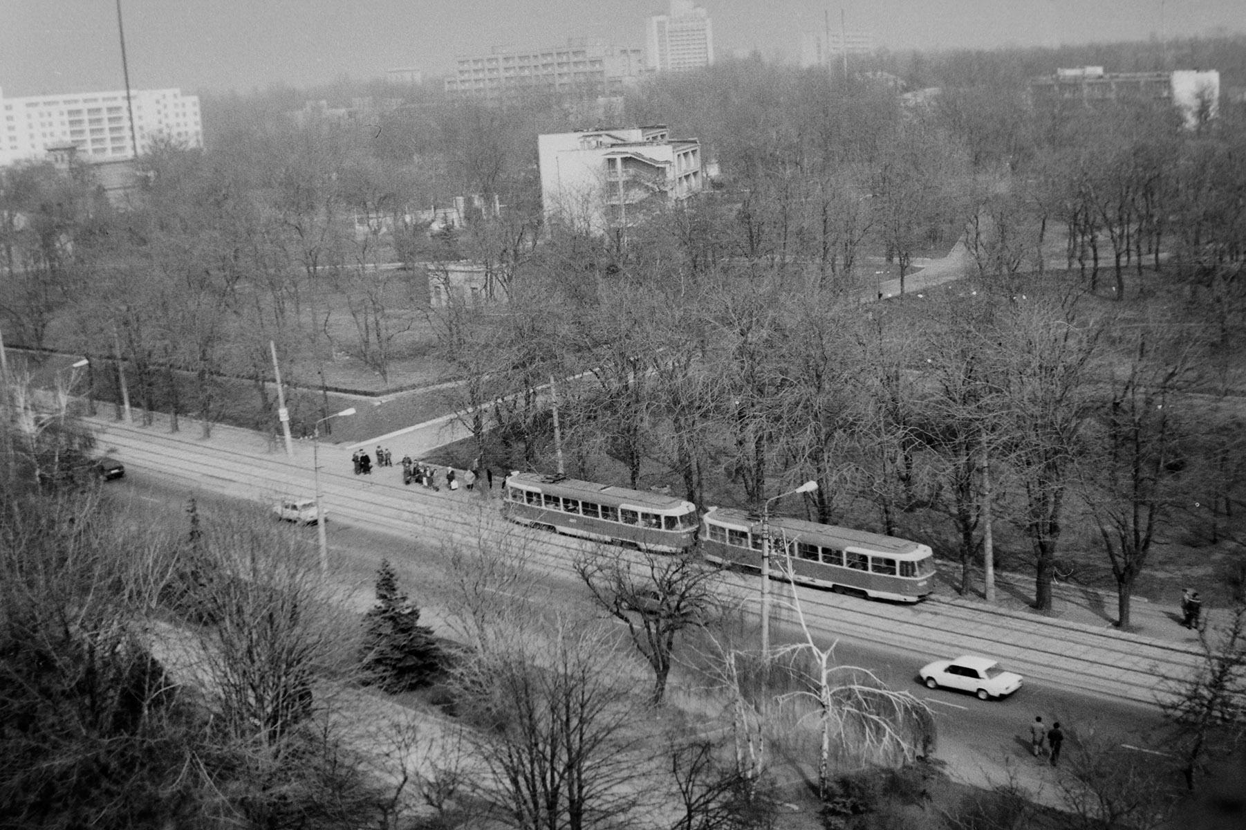 Вид из отеля «Виктория», 1991 год. Фото — А. Кашуба.