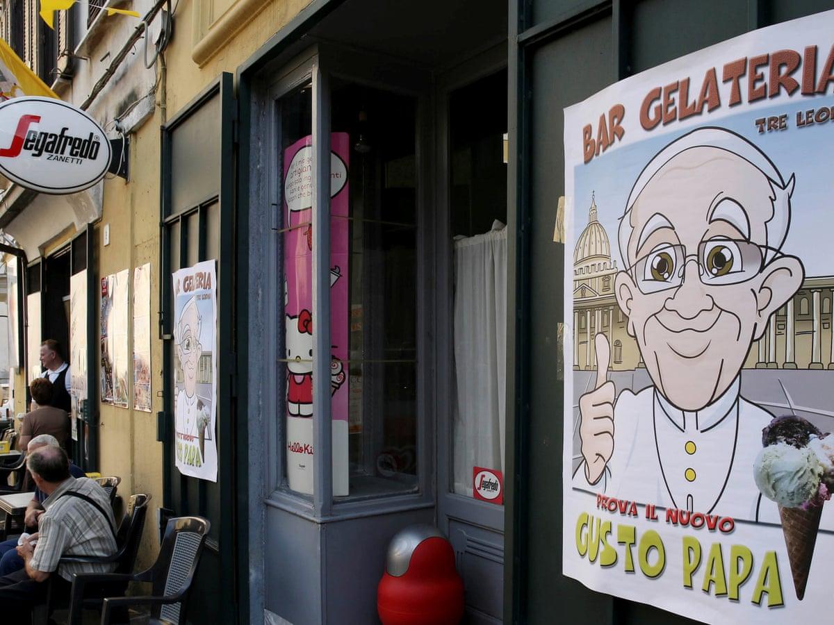 Папа римский отправил заключенным 15 тысяч рожков мороженого