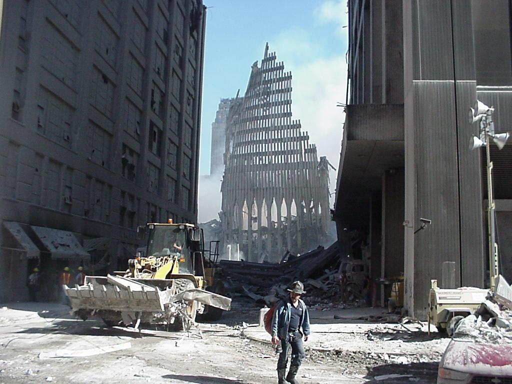 Секретная служба США обнародовала архивные снимки теракта 11 сентября. Ранее они нигде не публиковались