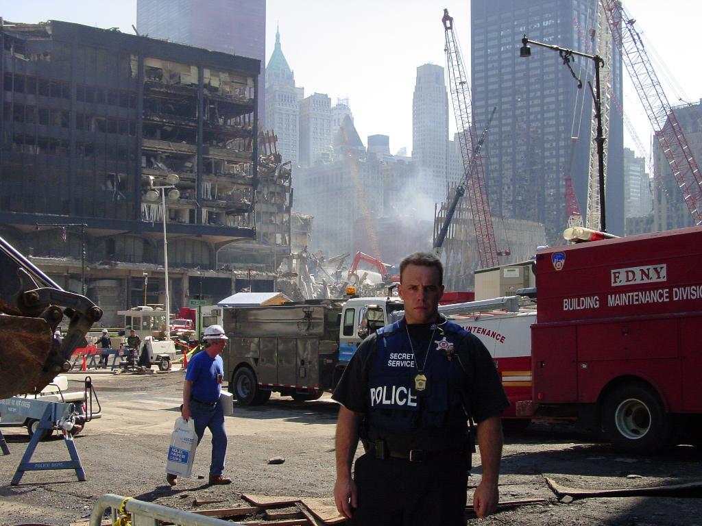 Одна из ранее неопубликованных фотографий 11 сентября 2001 года.