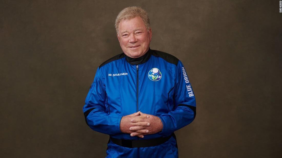 На фото — Уильям Шетнер. Источник — Blue Origin.