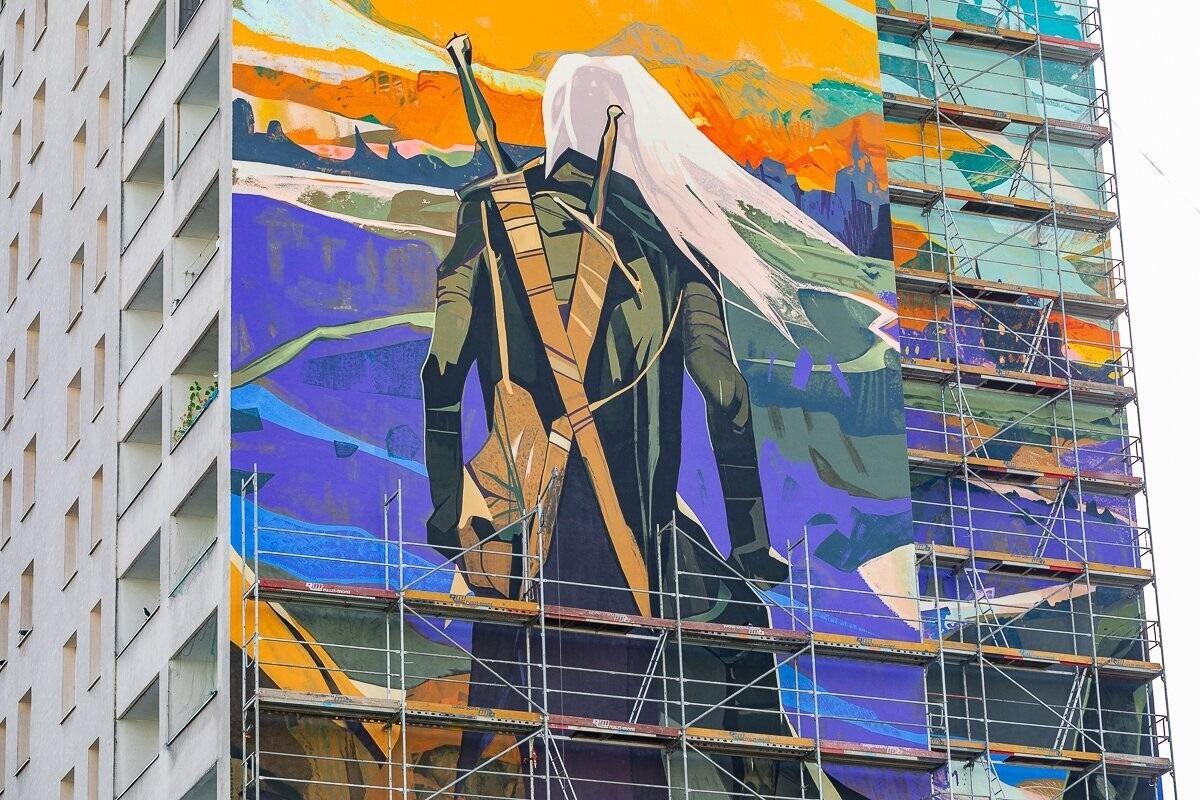 Снимок дня. Самый большой стрит-арт по «Ведьмаку» в мире