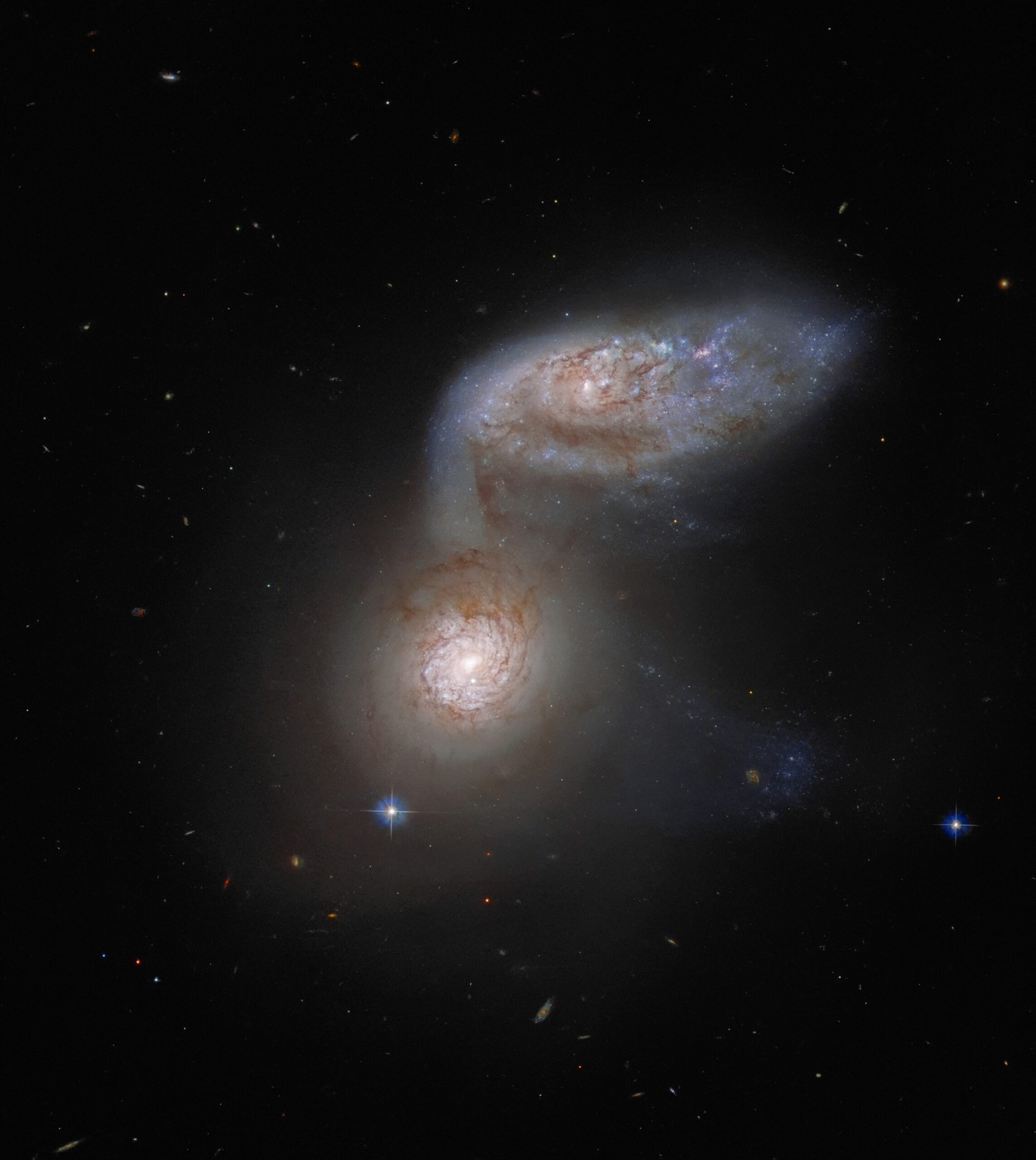 Фото — Hubble.